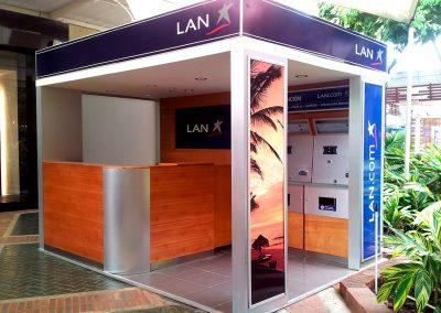 LAN AIRLINES • Islas de atención y venta a nivel nacional